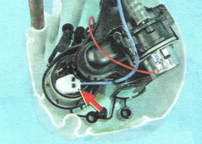 Какое давление должно быть в топливной рампе шевроле авео