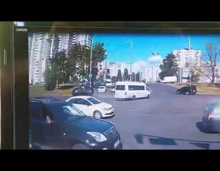 Embedded thumbnail for ДТП на Богатырской в Киеве