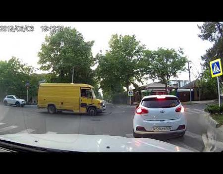 Embedded thumbnail for ДТП в Анапе