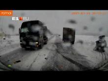 Embedded thumbnail for Автобус попал в ДТП в Полевском