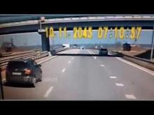 Embedded thumbnail for Двое сотрудников ДПС погибли в ДТП на трассе М-4 на Кубани