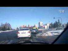 Embedded thumbnail for ДТП на перекрестке Мира и Автозаводского