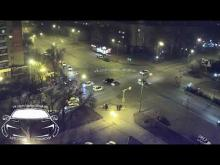 Embedded thumbnail for Нетрезвый водитель врезался в таксиста