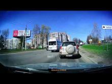 Embedded thumbnail for В Костроме легковой автомобиль столкнулся с пожарной машиной