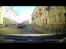 Embedded thumbnail for Шевроле задел Hyundai в Санкт-Петербурге